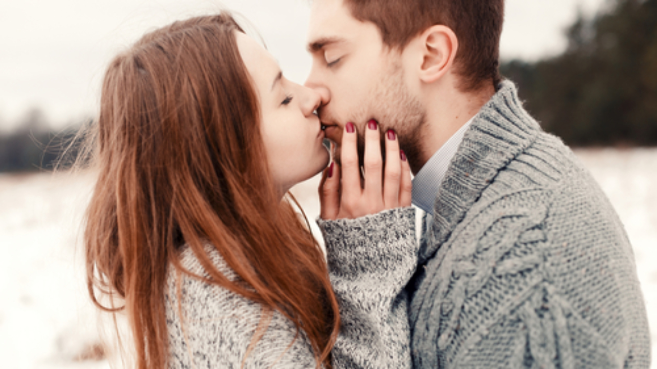 What-Does-It-Mean-When-A-Guy-Kisses-You-On-The-Lips