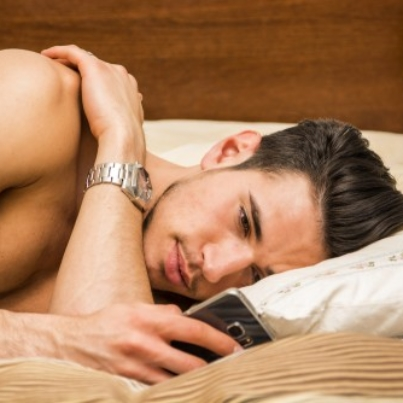 sexting-to-turn-guy-on